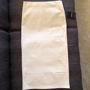 White stretch pencil skirt